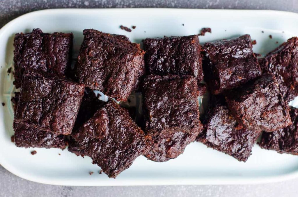Healthy chocolate zucchini brownies