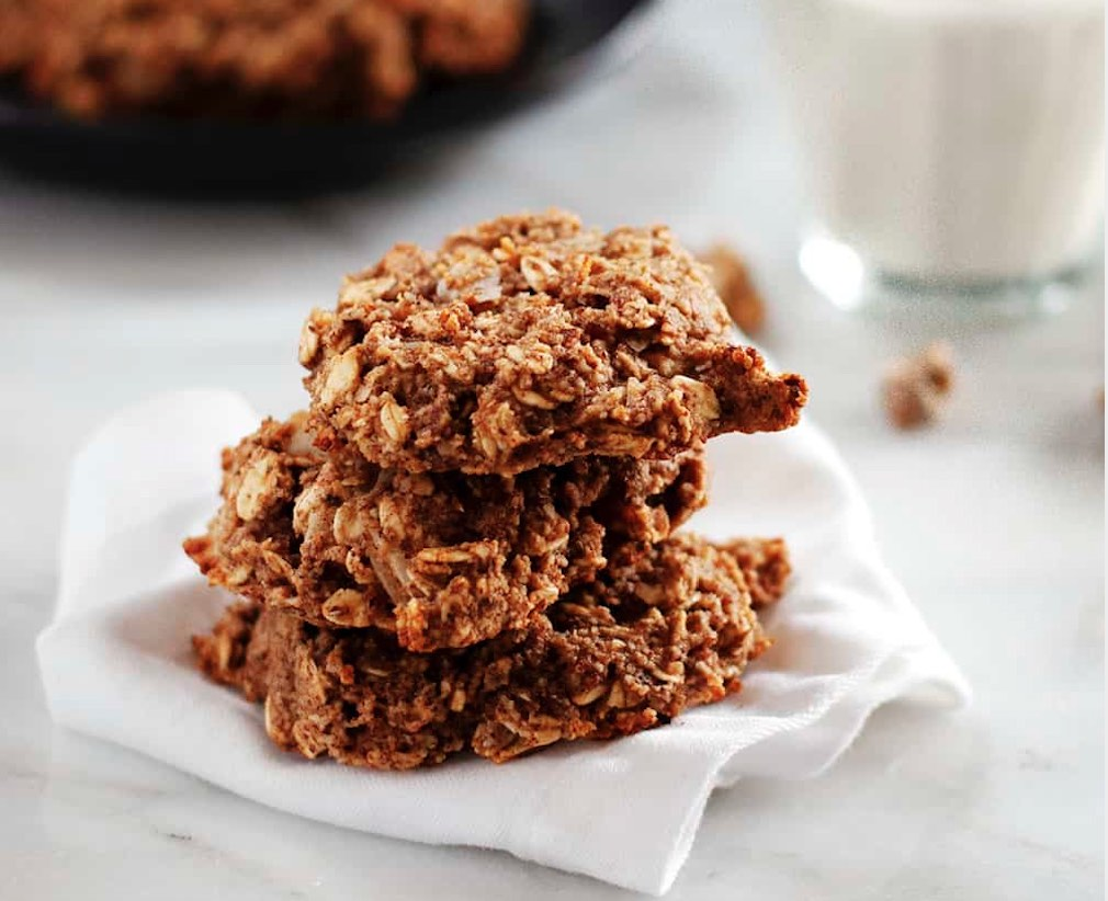 healthy breakfast banana cookies